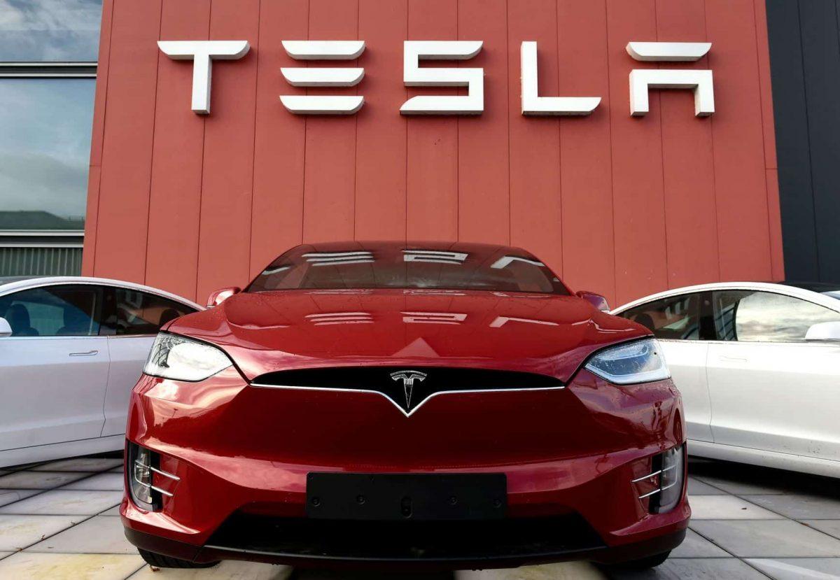Tesla Belum Pasti Masuk Indonesia, Masih Banyak Pesaingnya